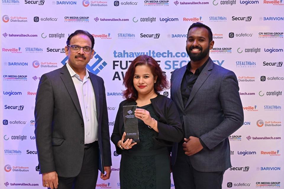 Bulwark-wins-Security-VAD-of-the-Year-Award-at-the-Future-Security-Awards-2019
